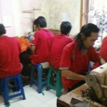 Produksi Menjahit Jaket, Kaos, Seragam
